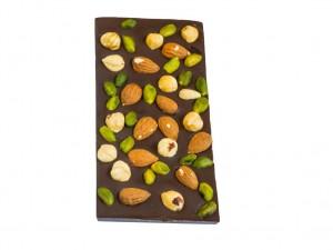 Maiasmoka kohviku käsitööšokolaad, tume šokolaad pistaatsia, mandli ja metspähkliga